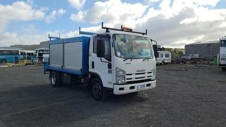 2011 Isuzu NPR300 Medium Service Truck GCM 10,000kg Photo