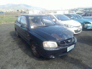 2000 Hyundai Accent LC Hatch Photo