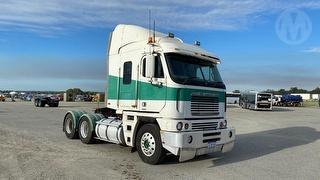 2001 Freightliner Argosy FLH Prime Mover GCM 70,000kg Photo