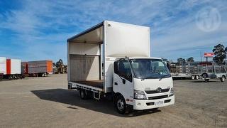 2016 Hino 300 816 Curtainside GVM 7,300kg Photo