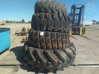 Firestone 17 5-25 L-2 Tyres Photo