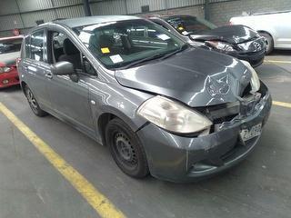 2011 Nissan Tiida C11 ST Hatch 5D Hatchback Photo