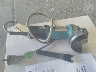 Makita 9520nb Hand Tools (Power) Photo