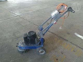 Custom Construction Equipment Photo