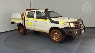 2011 Toyota Hilux 150 SR Dual Cab Chassis Photo