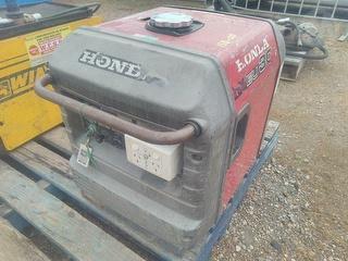 Honda Inverter EU30 Generator. Photo