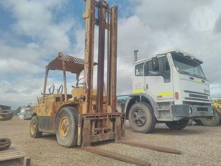 Hyster H80C Forklift Photo