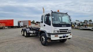 2005 Isuzu FVY 1400 Hook Truck GCM 36,000kg Photo