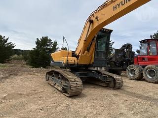2015 Hyundai 210 LC-9 Excavator Photo