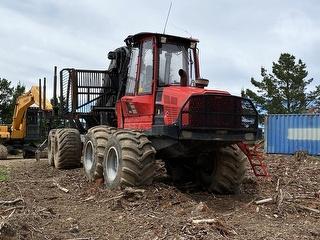 2014 Komatsu 895 Forestry Machinery Photo