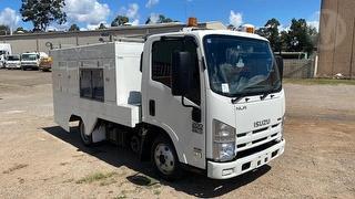 2009 Isuzu NLR200S Service Truck GCM 7,000kg Photo