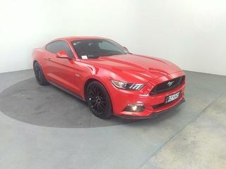 2016 Ford Mustang 5.0L Fastback AT 5. 2D Coupé Photo