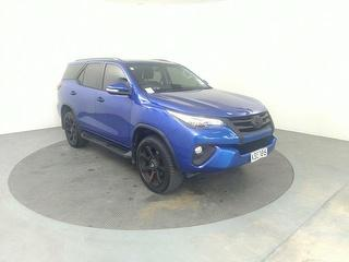 2016 Toyota Fortuner GXL 2.8D/4WD/6AT/SW 5D Station Wagon Photo