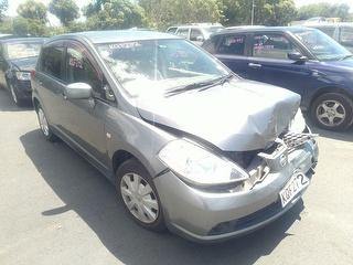 2006 Nissan Tiida Hatch Photo