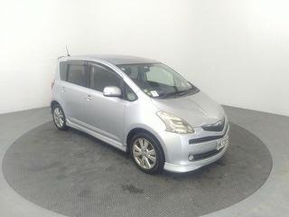 2006 Toyota Ractis 5D Hatch Photo