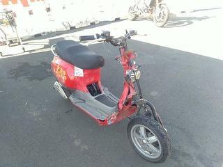 2011 Vespa LX 50 Scooter Photo