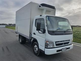 2010 Mitsubishi Fuso Canter FE160C1 Box Body Chiller *** Christchurch *** Selling Registered *** Photo