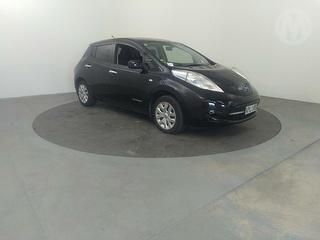 2013 Nissan Leaf 5D Hatch Photo