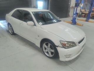 1998 Toyota Altezza 4D Sedan Photo