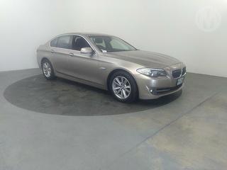 2012 BMW 520i 2.0L AT D/ab 2WD 4D 4D Sedan Photo