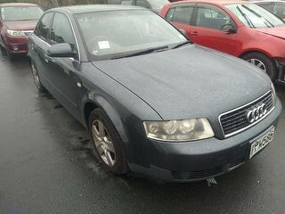 2002 Audi A4 2.0 Sedan Photo