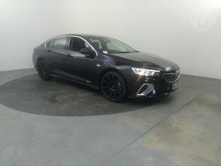2020 Holden Commodore Rs-v 3.6PT/4WD/9AT 4D Sedan Photo