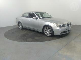 2005 BMW 545i 6D Sedan Photo