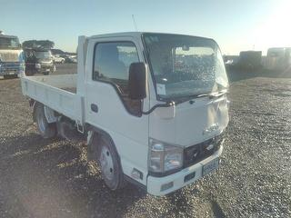 2018 Isuzu ELF Truck *** Christchurch *** to sold de-registered *** GVM 5,925kg Photo