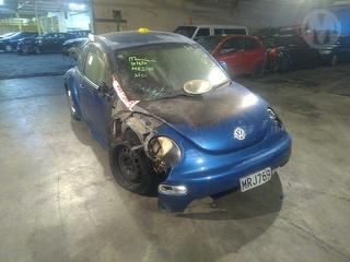 2002 Volkswagen Beetle Coupé Photo