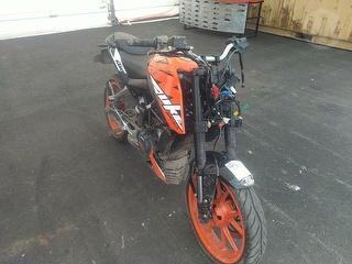 2020 KTM 200 Duke Motorcycle Photo