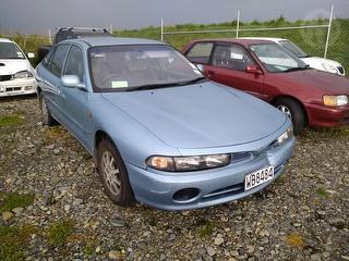 1997 Mitsubishi Galant 2.0 SEI L\back A Hatch Photo