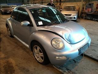 2005 Volkswagen Beetle 2.0 Manual Hatch Photo