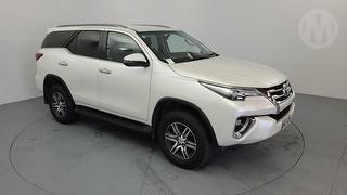 2019 Toyota Fortuner GXL 2.8D/4WD/6AT/SW 5D Station Wagon Photo