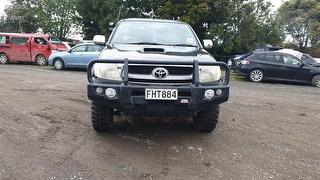 2010 Toyota Hilux Utility Photo