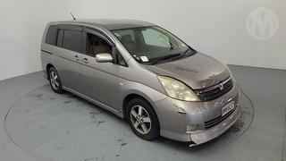 2007 Toyota Isis 5D Station Wagon Photo