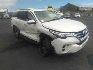 2018 Toyota Fortuner Limited 2.8D/4WD/6A Station Wagon Photo