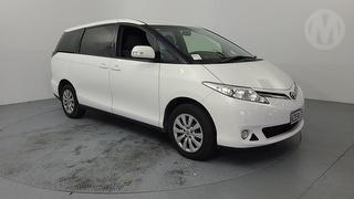 2017 Toyota Previa 2.4P/CVT/SW/5DR/8S 5D Station Wagon Photo