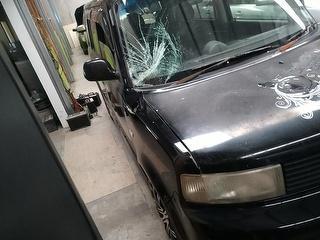 2002 Toyota BB Station Wagon Photo