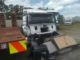 2017 DAF CF FTTCF85 6X4 Tractor Unit *** Hamilton *** to be sold de-registered*** GVM 24,600kg Photo